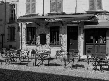 Place Saint-Pierre Avignon