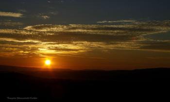 Lever de soleil sur les Monts de Vaucluse